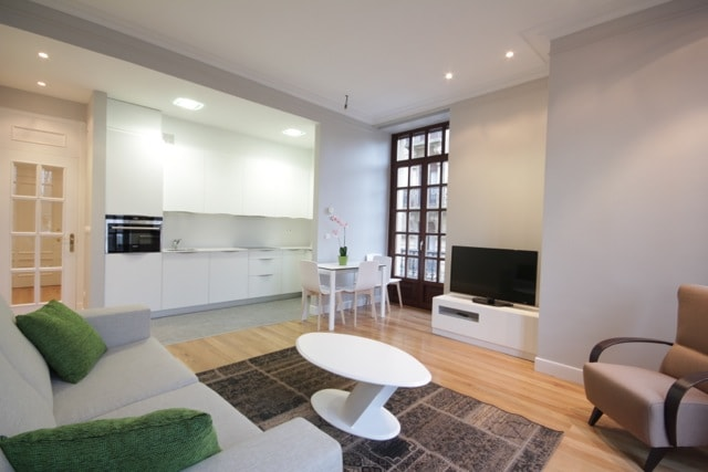 renovated and furnished in 2014