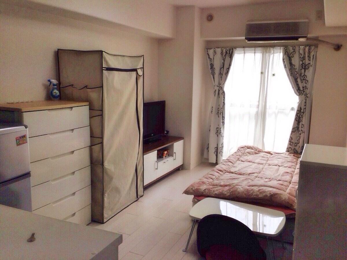 furnished cozy wooden studio apt