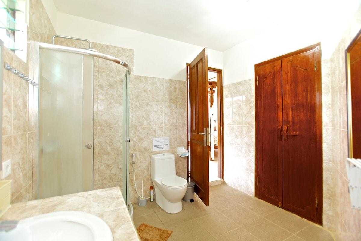 Lotus Villa with 6 bedrooms&pool!
