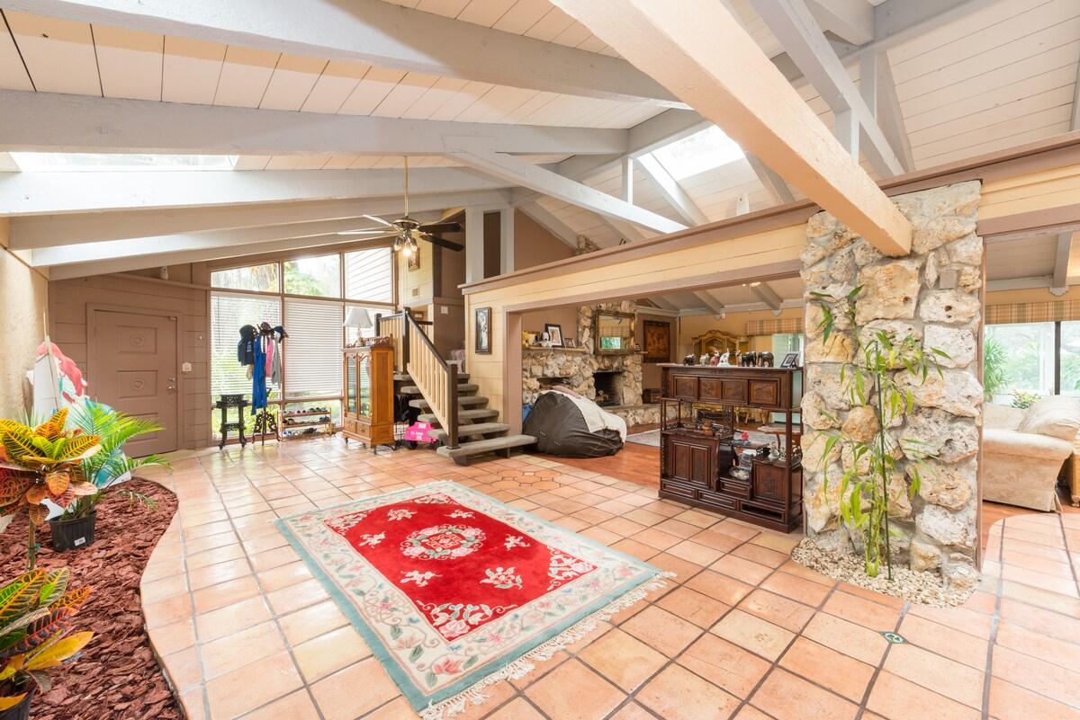 Luxury Estate w/ Indoor Pool & Yurt