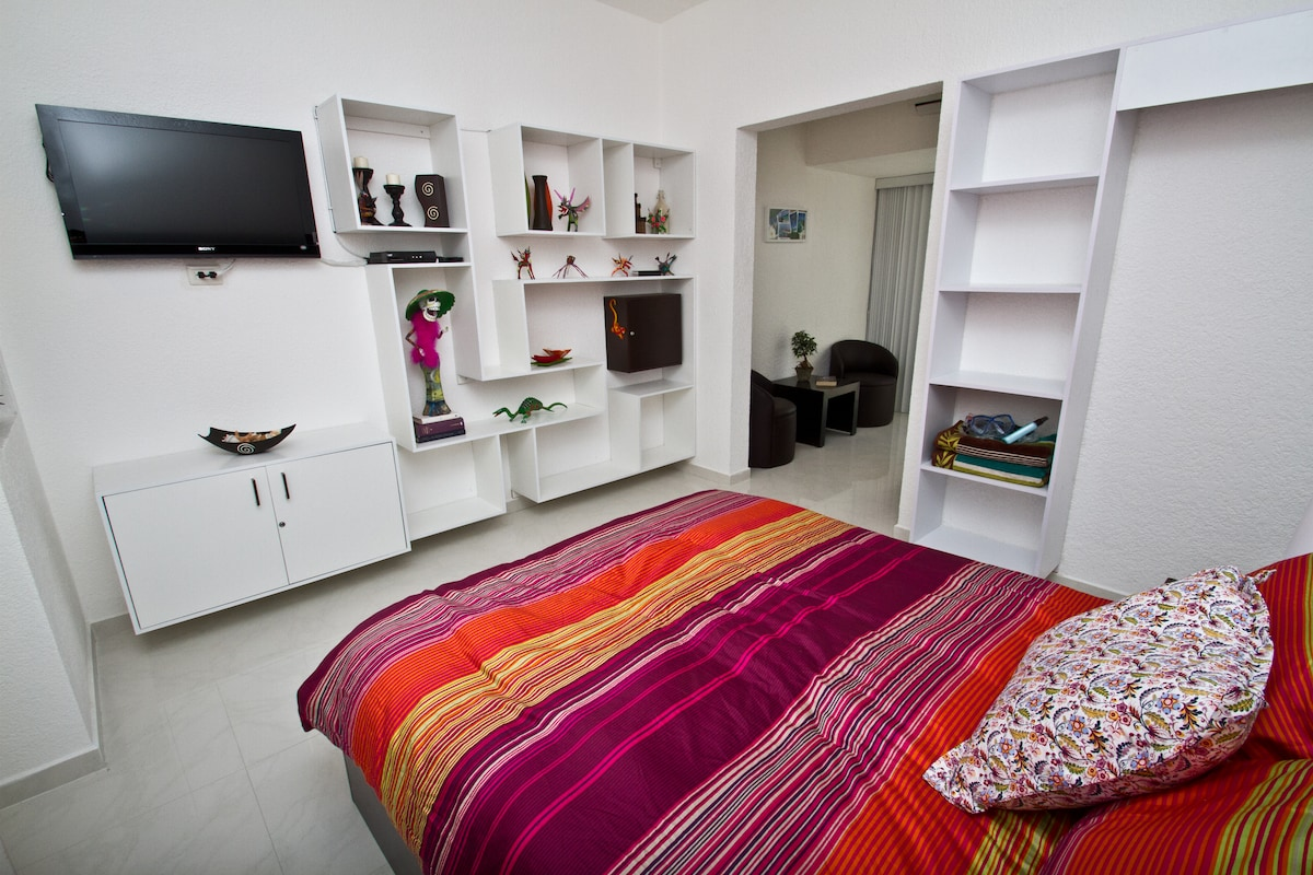 Bedroom with TV, Locker & Storage