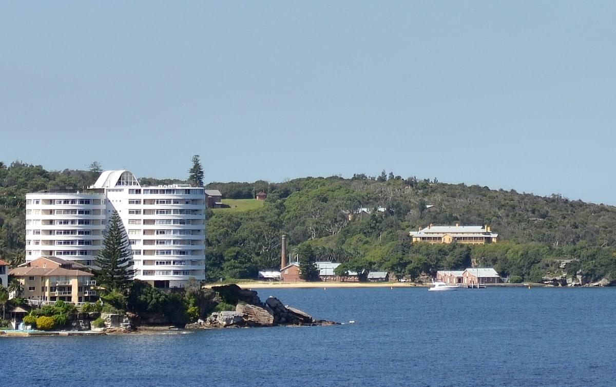 Spectacular View - Modern 2 bd flat