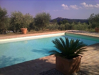 Your own pool in Umbria