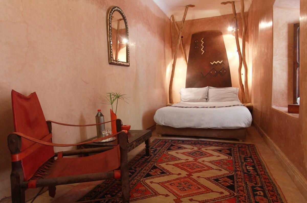 Tiwaline Room at charming Riad Asna