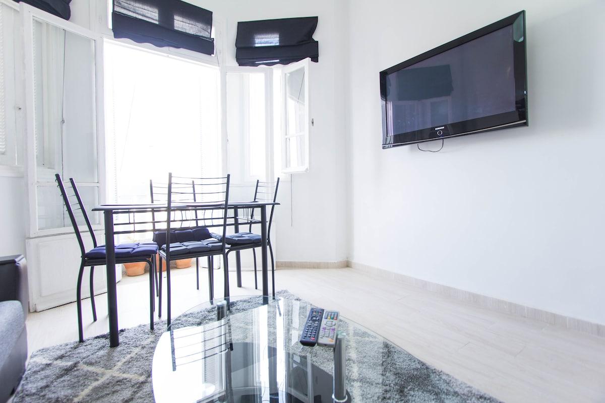 Bright & Cozy Loft Ideal for Couple