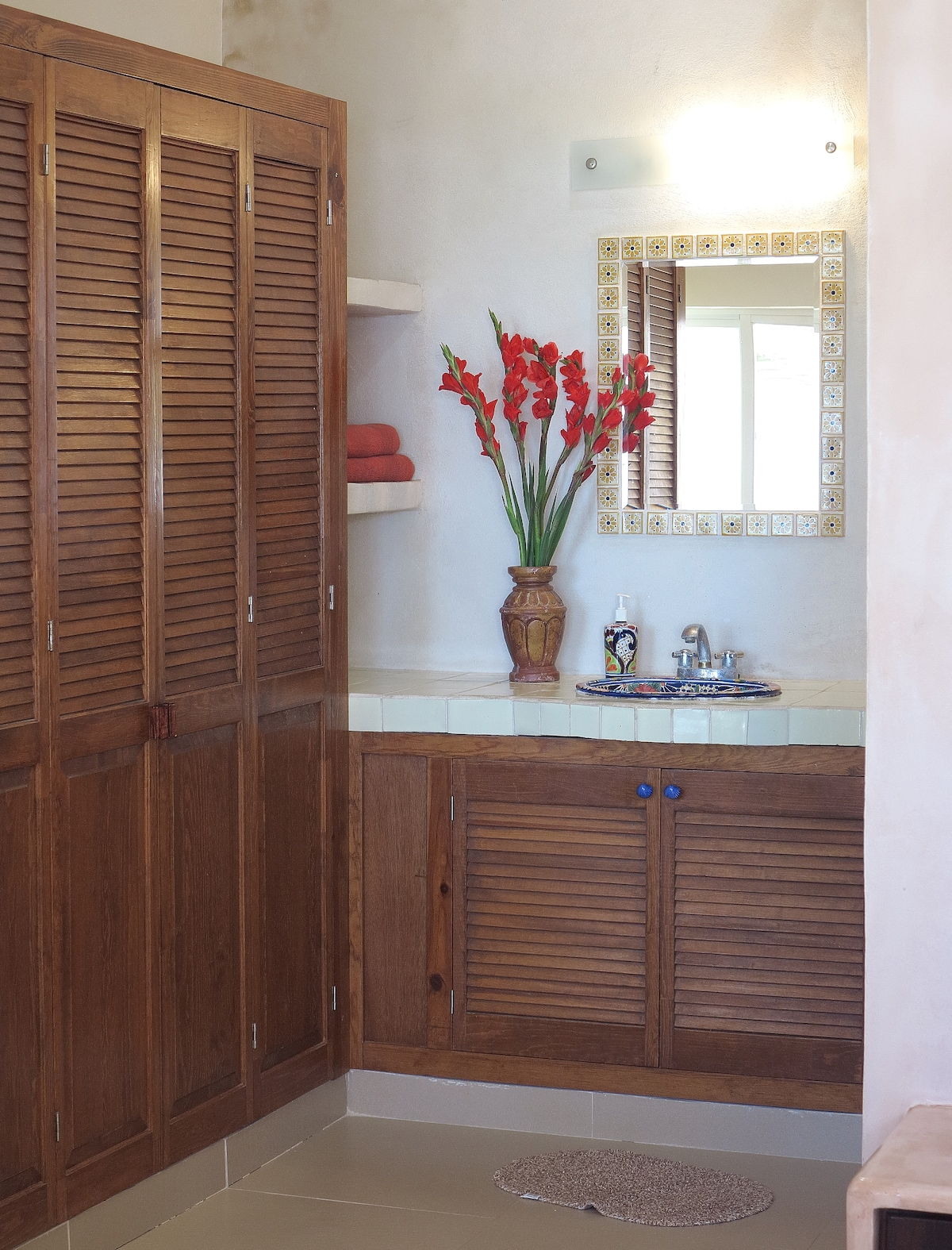 Private bathroom and plenty of closets
