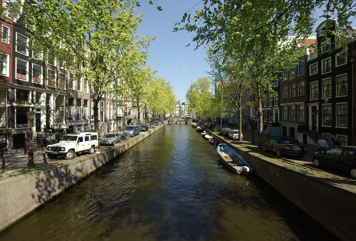 Leidsegracht  (view from bridge in front of apartment)