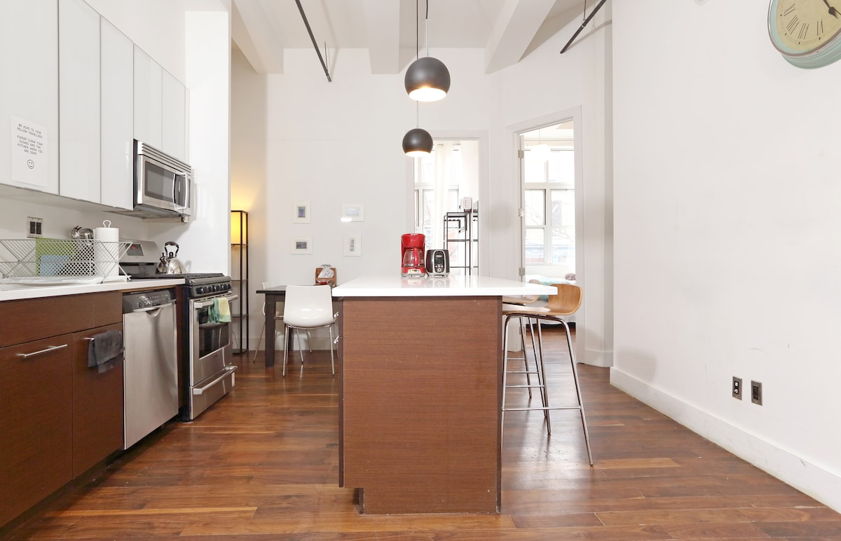 Go on cook something delicious in the spacious kitchen - I dare you!