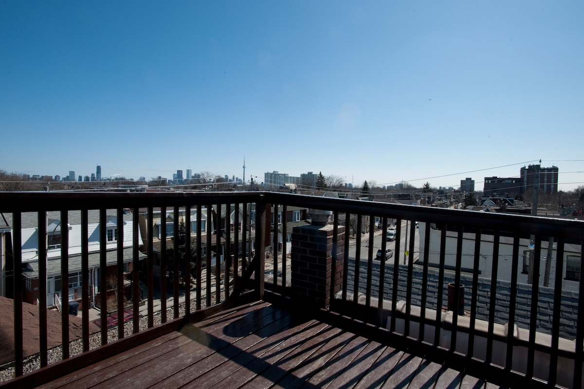 Rooftop deck with 360 degree view