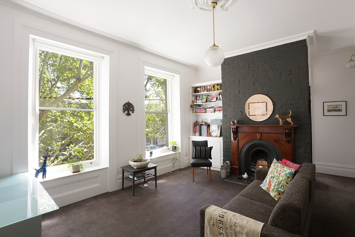 Fitzroy historic 1BR apartment