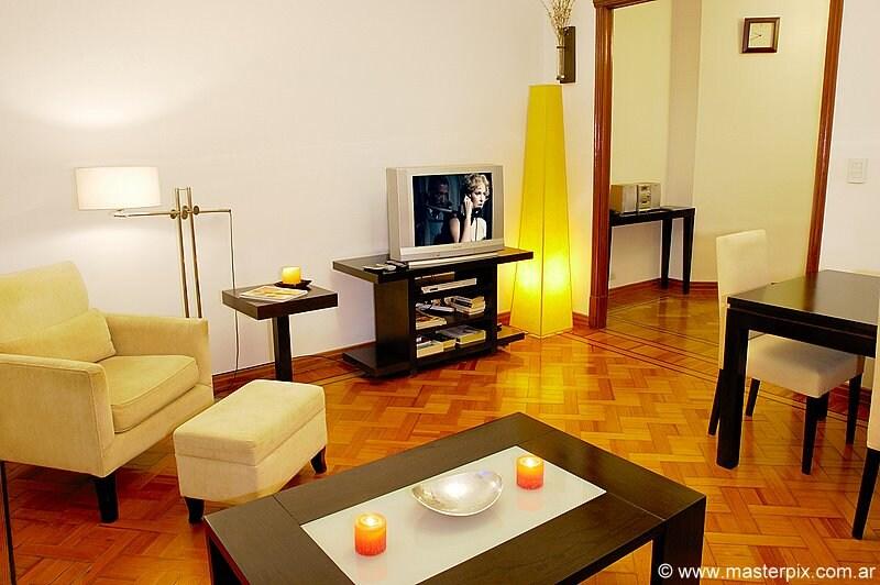 Luxury 1 Bedroom - 1.5 Bath - (A2)