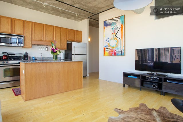 LOFT 2 BEDROOM DOWNTOWN