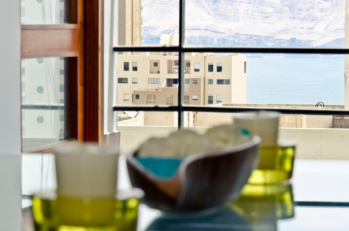 Apartment w/Panoramic Ocean Views