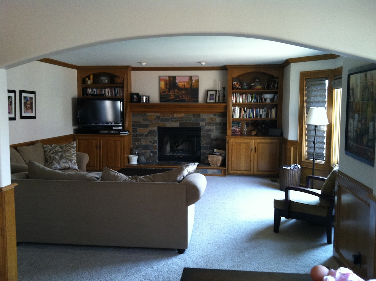 Comfy family room. great place for watch movies and playing games.