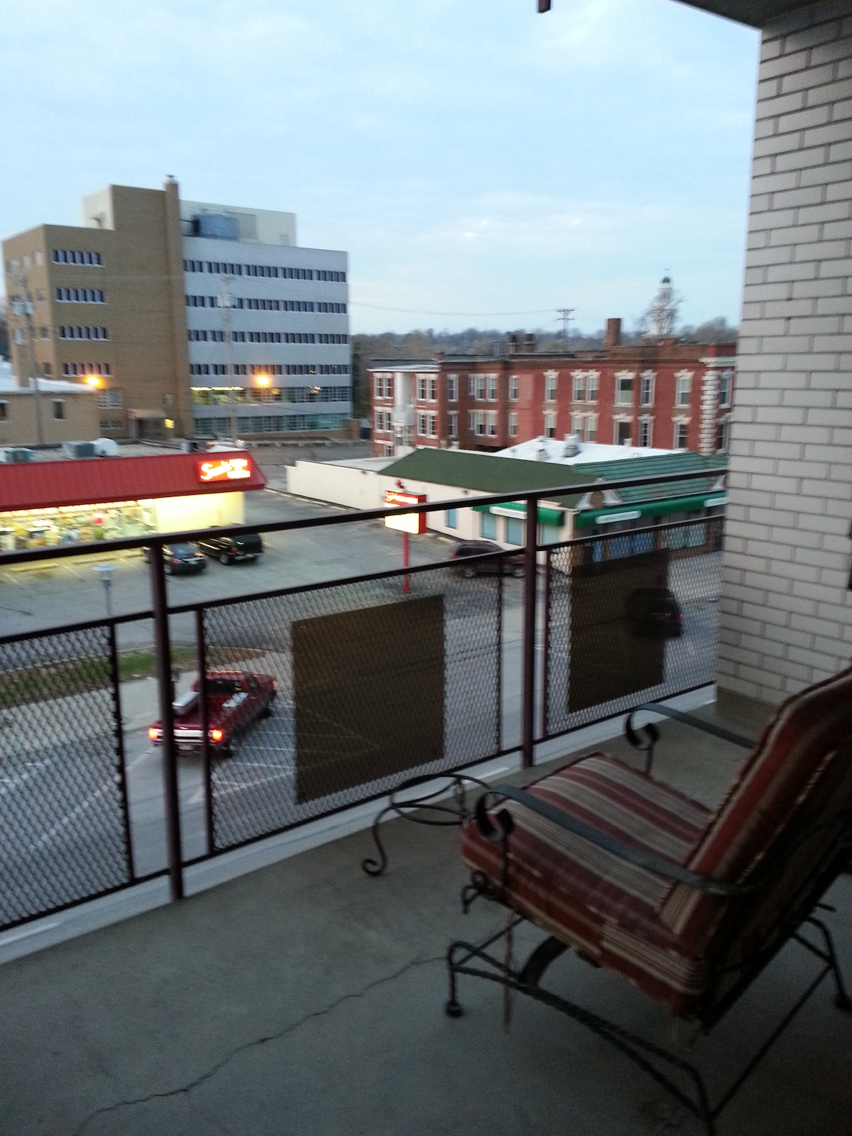 South facing 3rd floor balcony - good people watching opportunity...