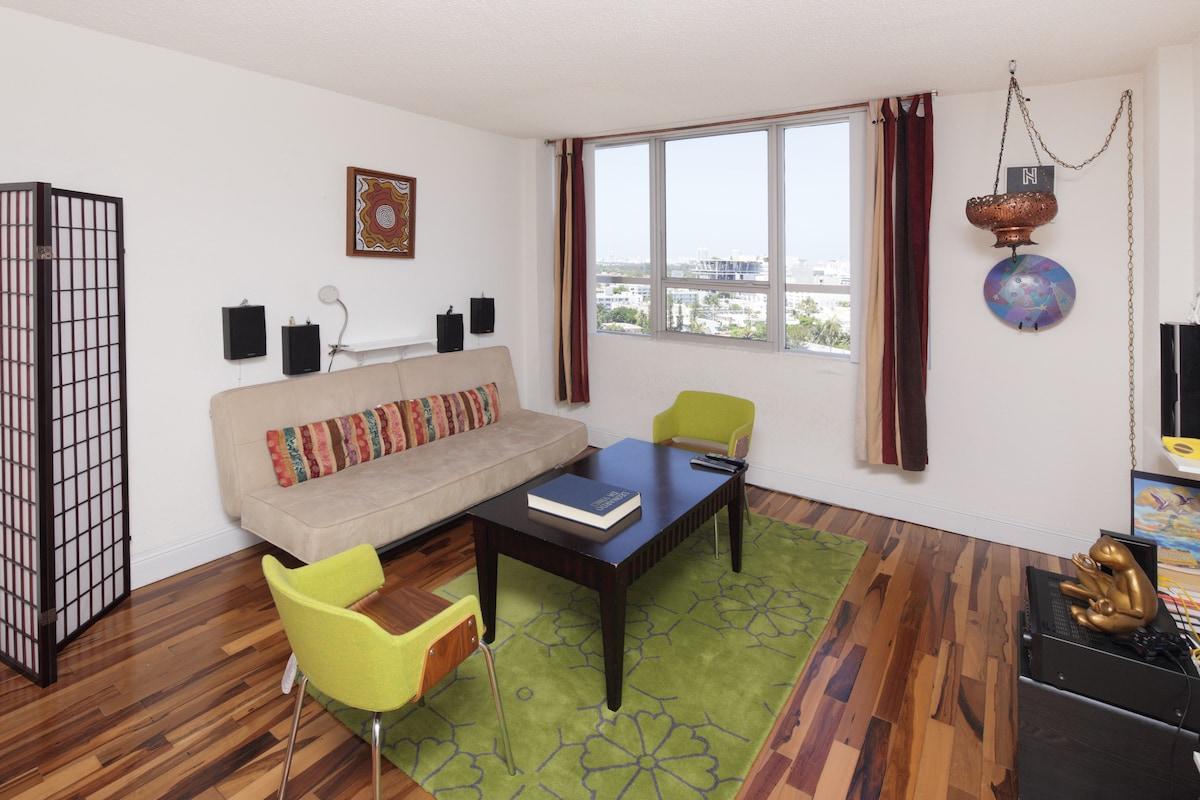 Miami Beach Resort Apartment