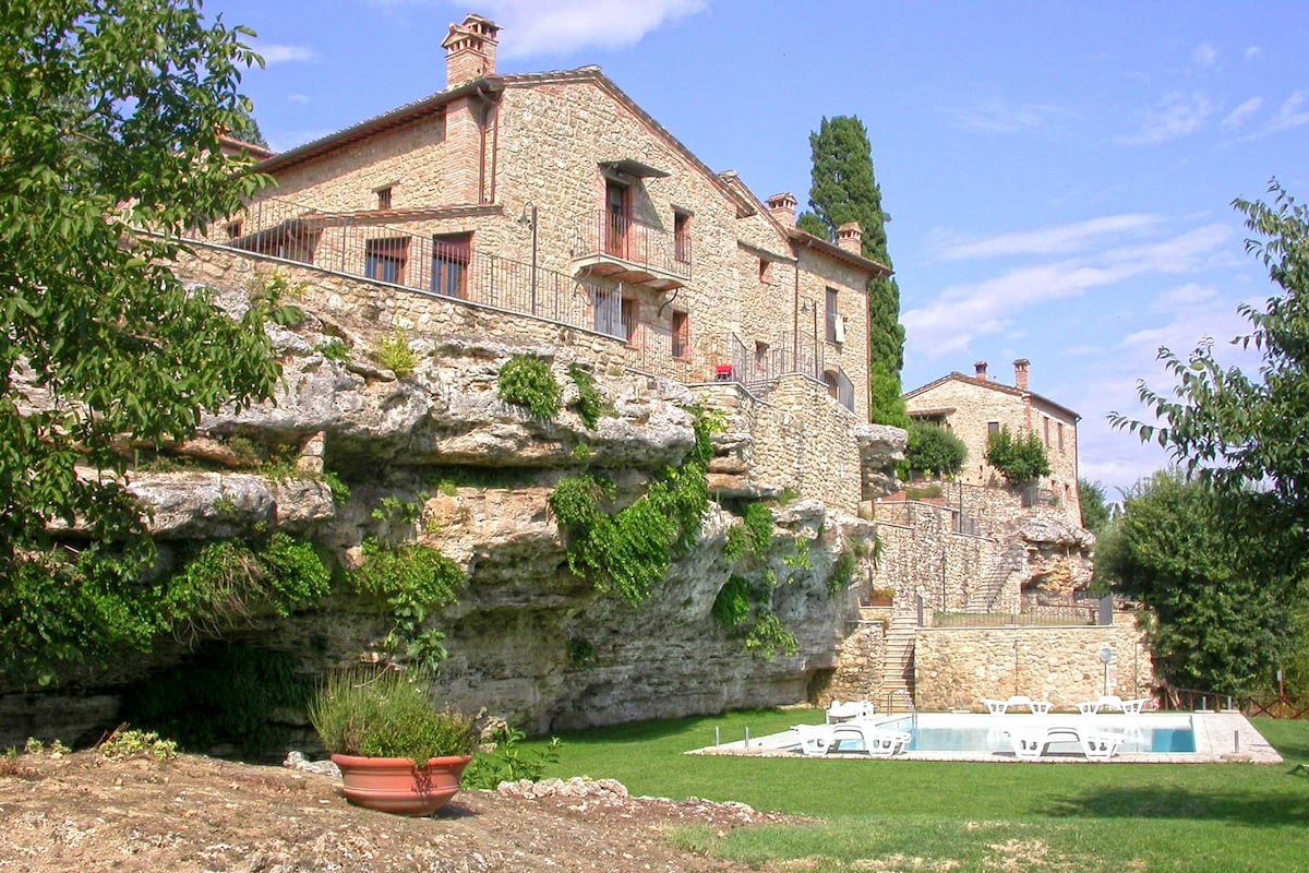 A Charming House in Asciano - Siena