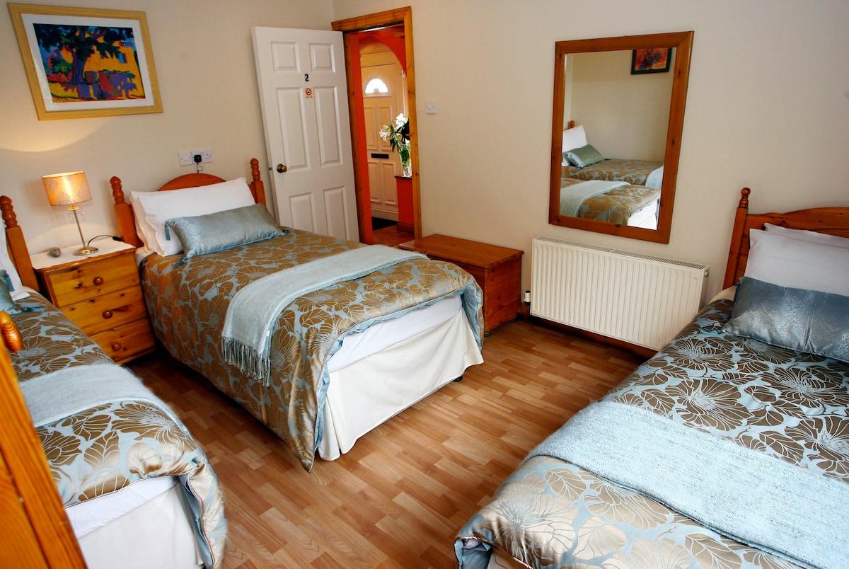 Triple Ensuite Room