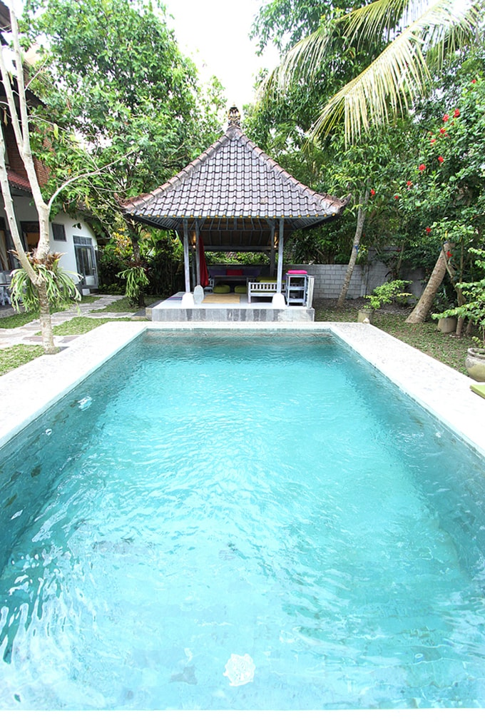 Private saltwater pool and bale with outside dining area