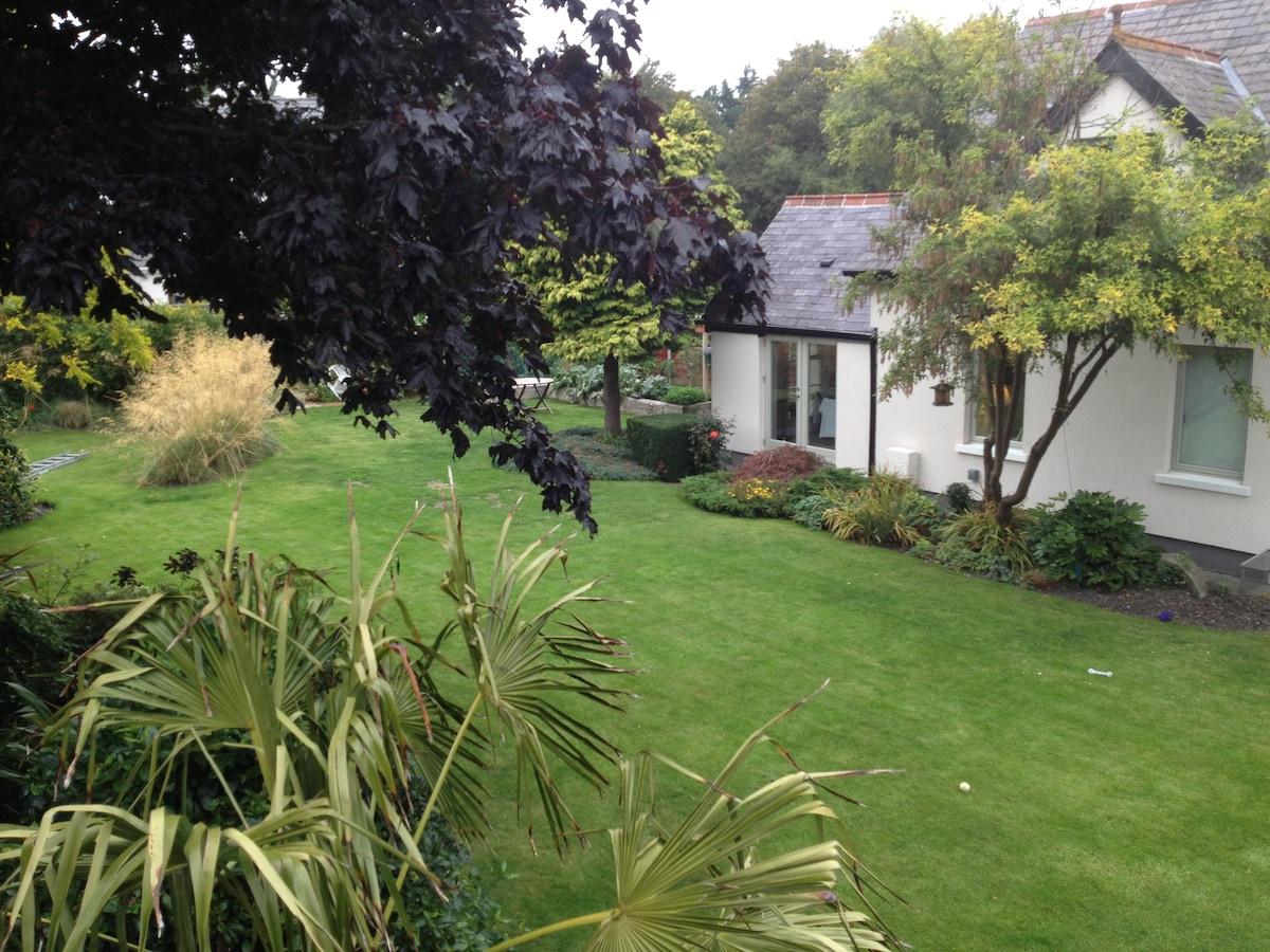 Lost Boathouse & Garden No1 Ensuite