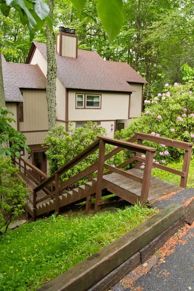 Sugar Mountain Treehouse!