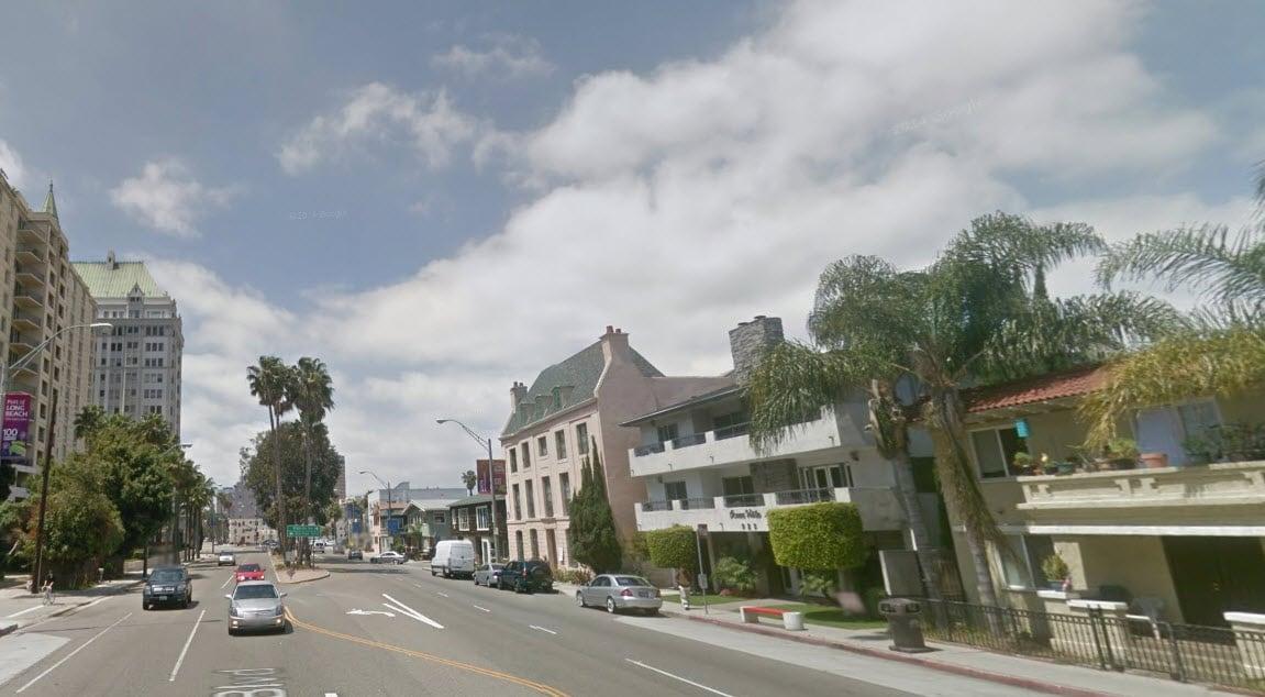 Street View -- steps to Shoreline Village