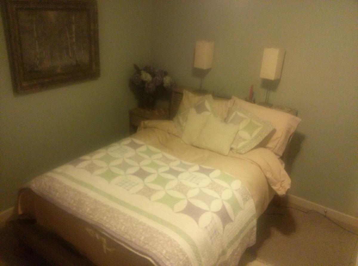 Quiet Room, Convenient Location