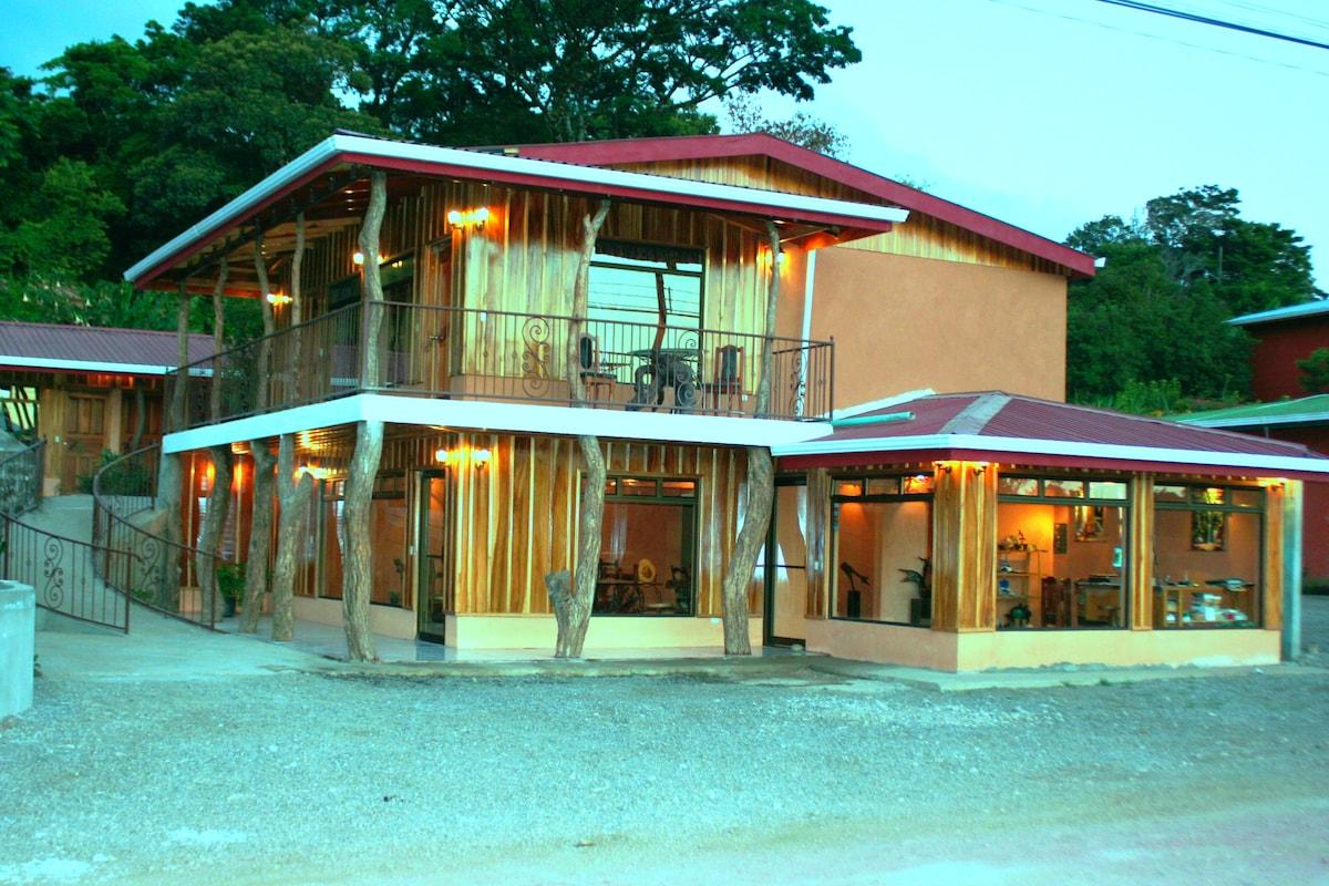 Monteverde Rustic Lodge, Monteverde Costa Rica