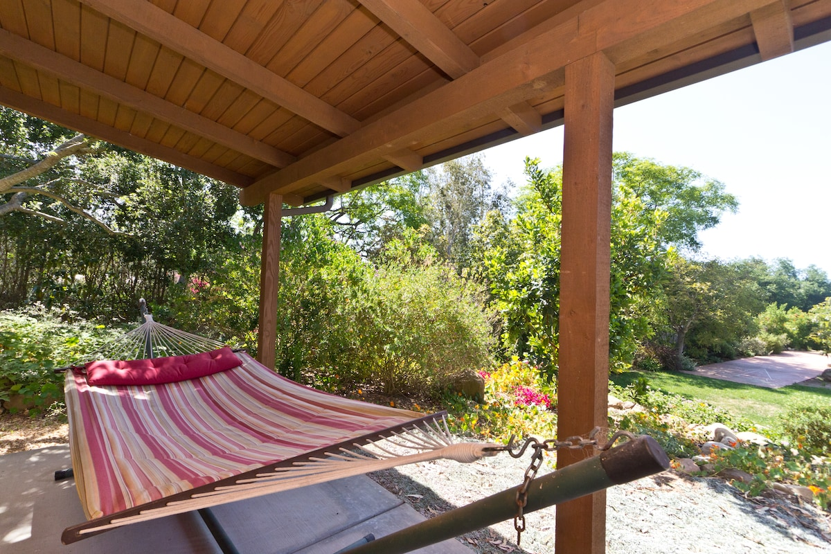 Quiet Romantic Montecito GuestHouse