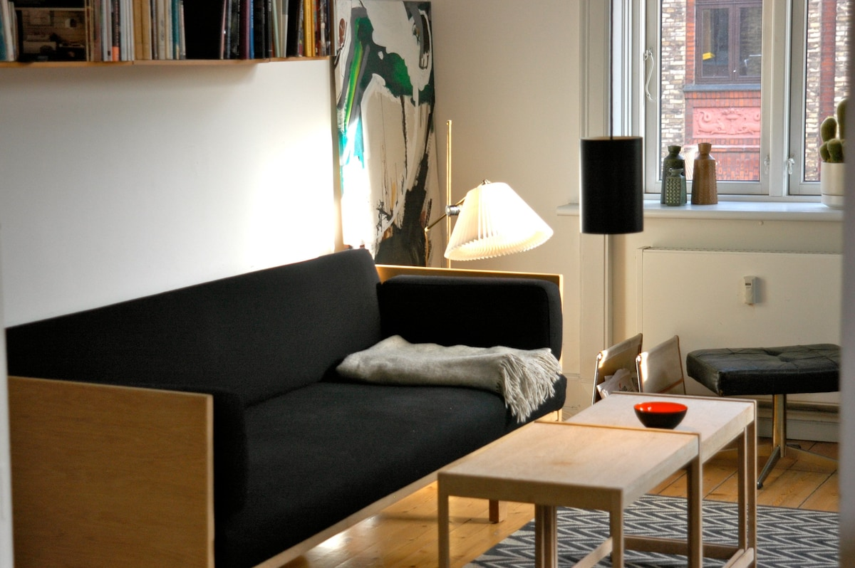 Living room with day bed
