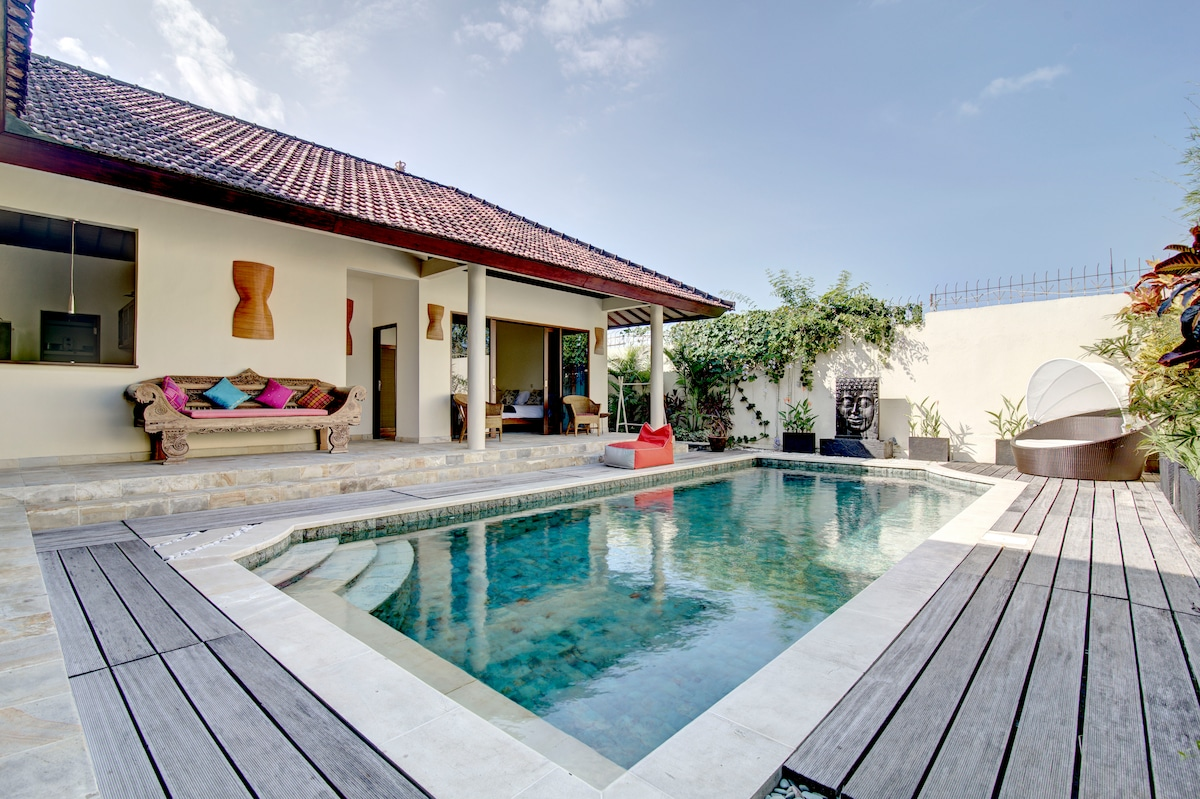 Villa Batu Karu - Family Retreat