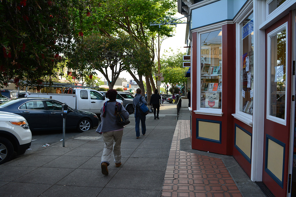West Portal Ave is great for shopping! Bookstore, movie theater, banks, coffee, bagels, produce!
