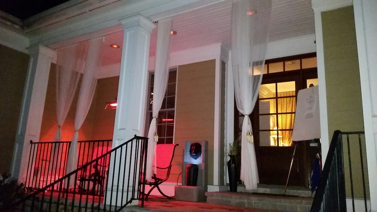 Front covered porch with infrared heaters perfect at night time with a glass of wine or sunrise with your coffee