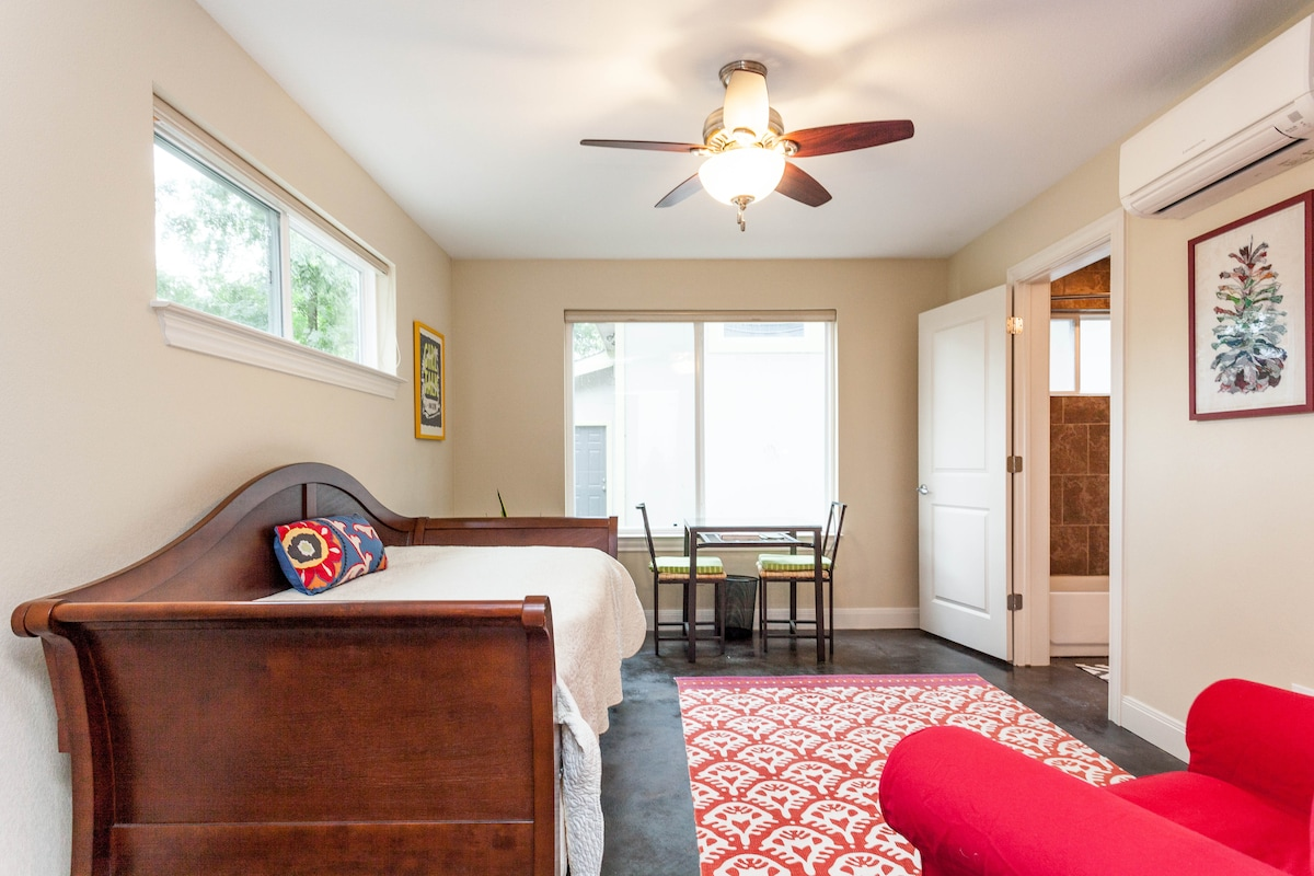 Modern East Austin Private Suite