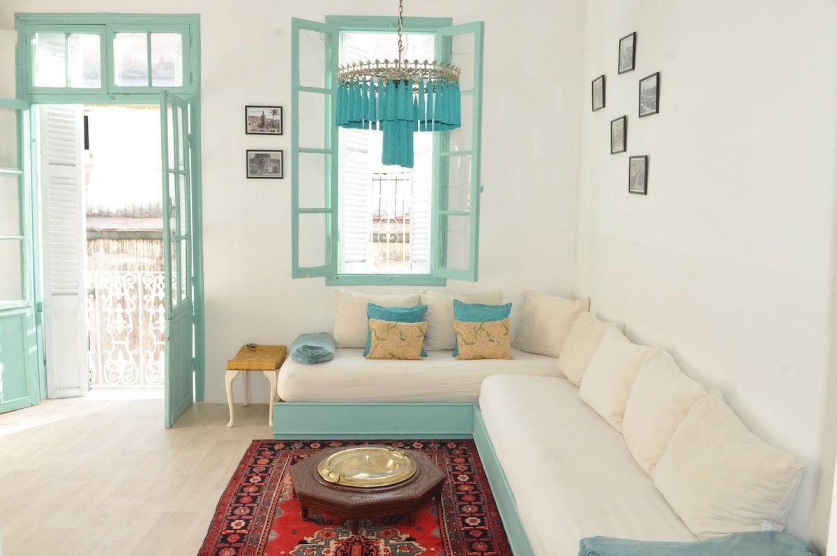 Old medina flat with mezzanine