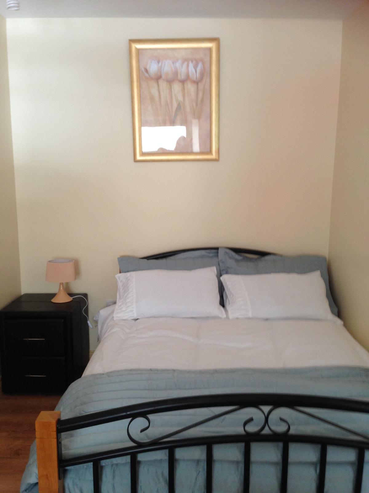 Cosy, comfortable double en-suite 1