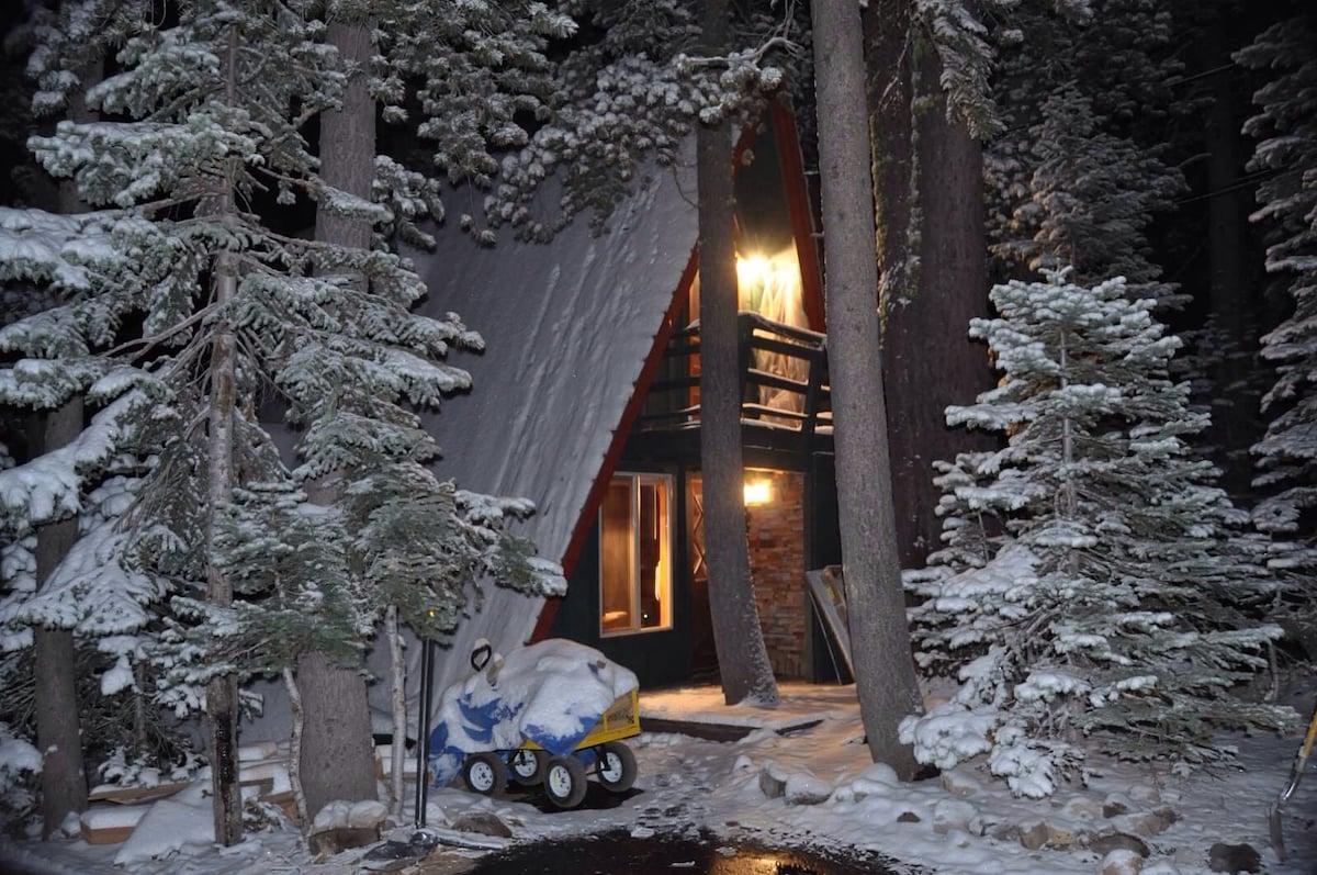 Serene Lakes Chalet  Donner Summit-