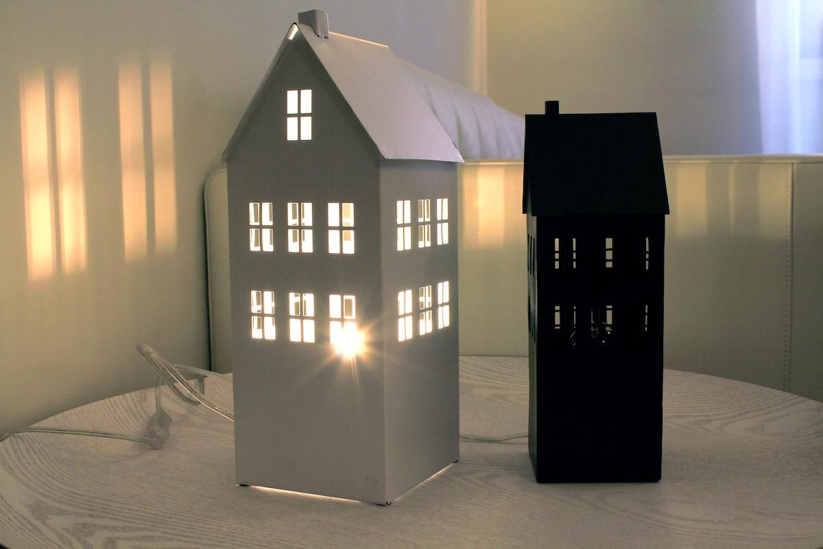 little meta-houses in the living room