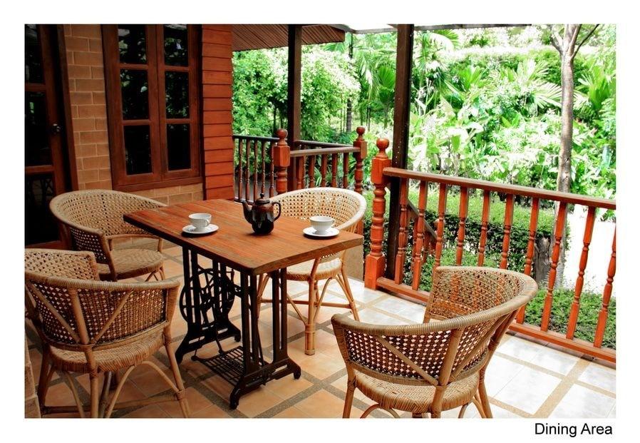 Dining terrace.