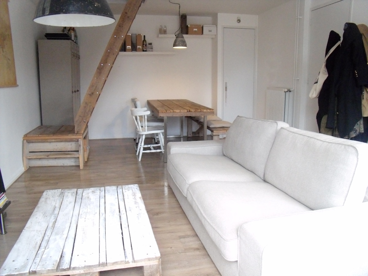 Trendy apartment in vibrant de Pijp