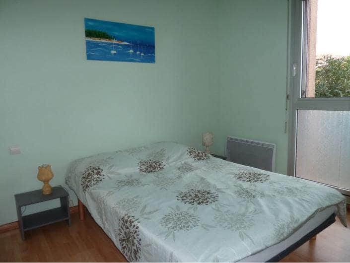 Chambre spacieuse et lumineuse, avec ventilateur