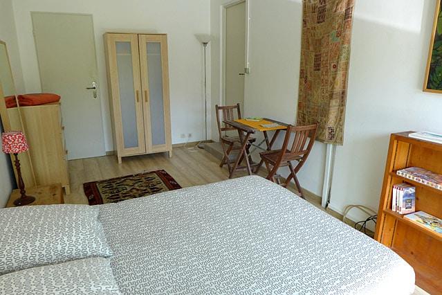 Chambre avec accès privé jardin