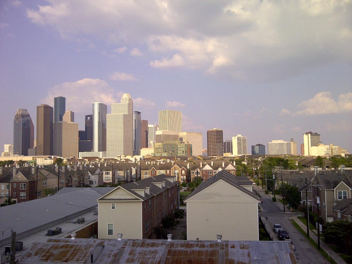 Midtown Condo with Skyline View