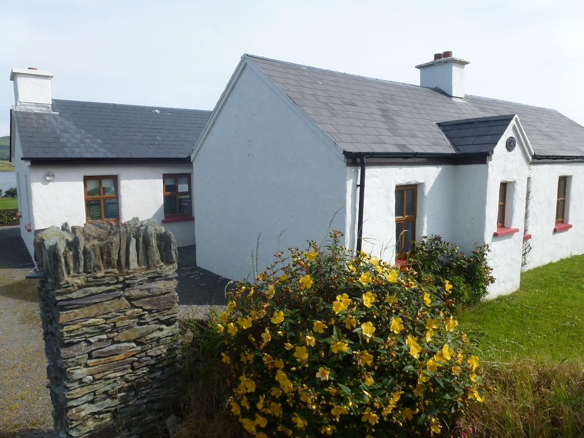 Old Stone cottage Portmagee seaside
