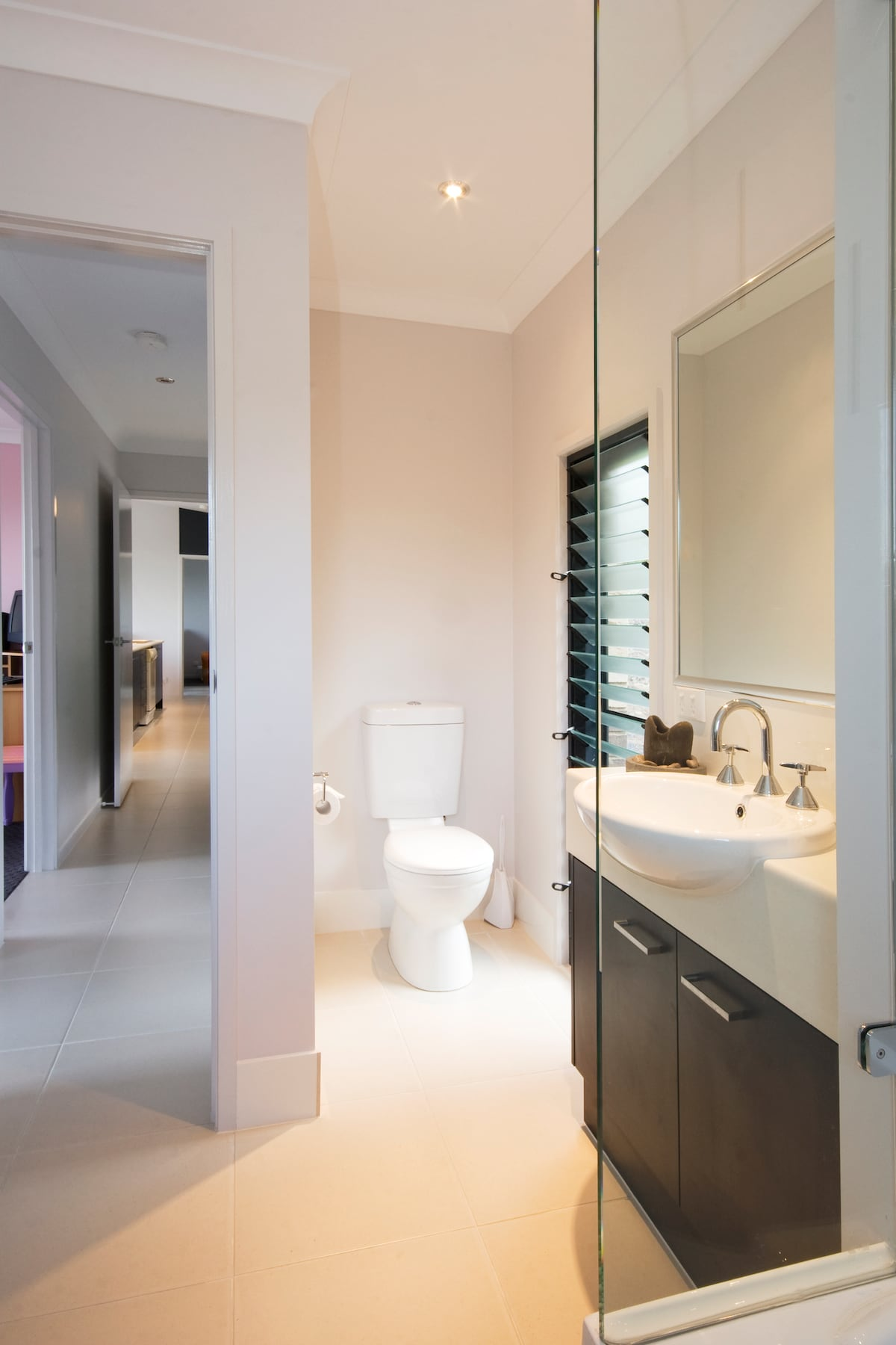 The bathroom that services the two guest bedrooms.