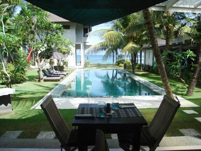 Aquaria Oceanfront Resort,  Bali