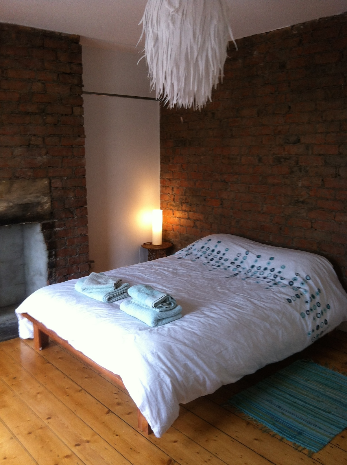 Double Room inc Breakfast & Parking