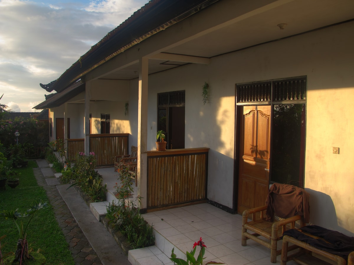 Our guesthouse consists of six rooms. We want to invite nature loving people up to the mountains and show them that Bali is not just beach and party