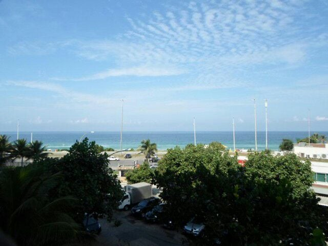 Condomínio de luxo Barra da Tijuca.
