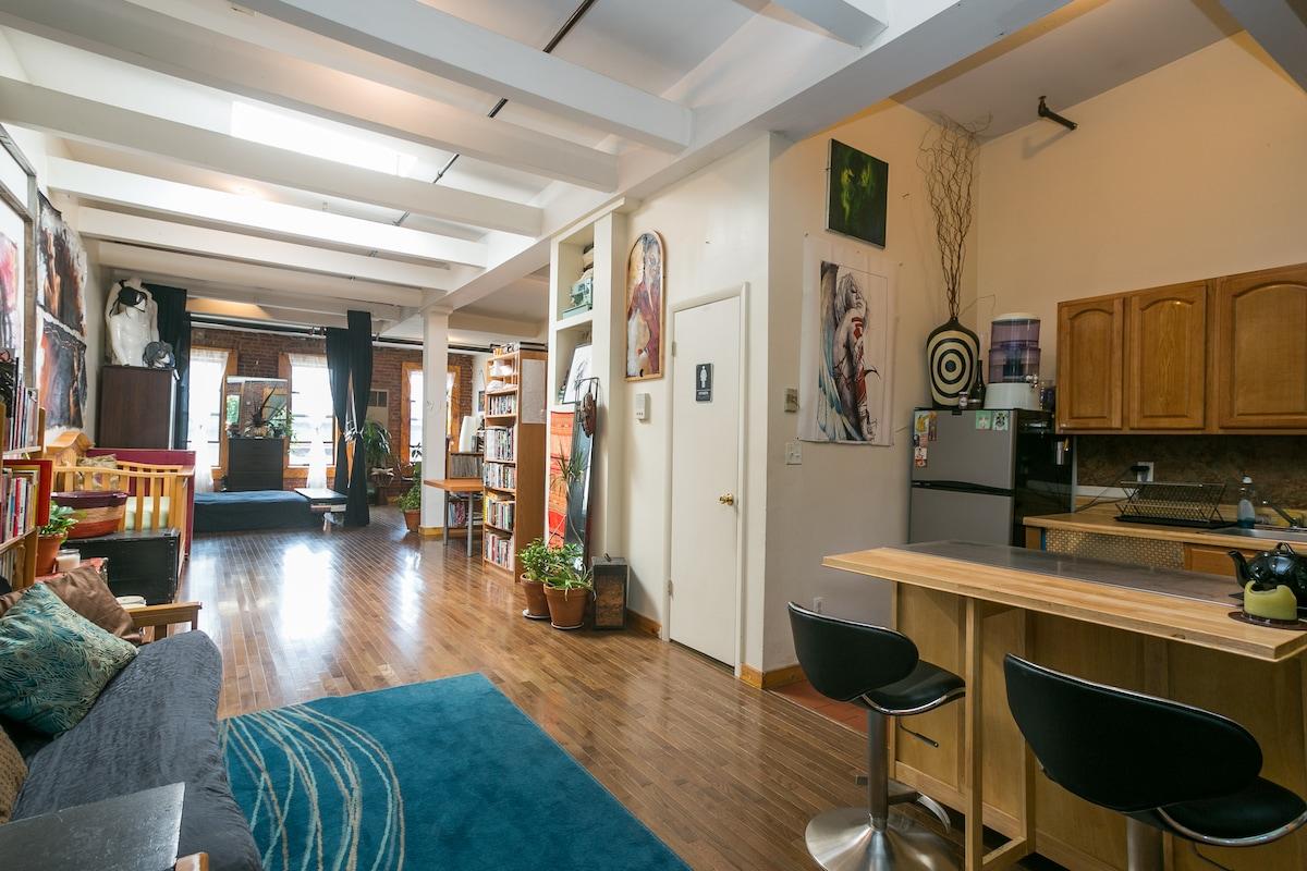 Brooklyn Artist Oasis Loft ~
